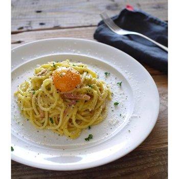 お店のための レンジ用スパゲティ 3種チーズのカルボナーラ 250g